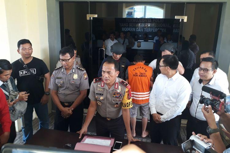 Kapolda Bengkulu, Brigjen (Pol) Coki Manurung dalam konfrensi pers, Senin (14/1/2019)