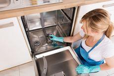 Panduan Membersihkan Mesin Pencuci Piring