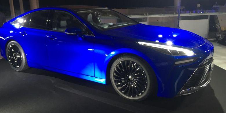 Ramai Kampanye Mobil Listrik Toyota Perkenalkan Sedan Fuel Cell Gen2