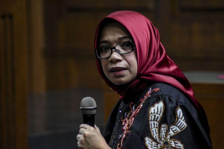 Terdakwa kasus suap proyek PLTU Riau-1 Eni Maulani Saragih menjalani sidang lanjutan di Pengadilan Tipikor, Jakarta, Selasa (22/1/2019). Sidang tersebut beragendakan mendengarkan keterangan terdakwa. ANTARA FOTO/Dede Rizky Permana/aww.