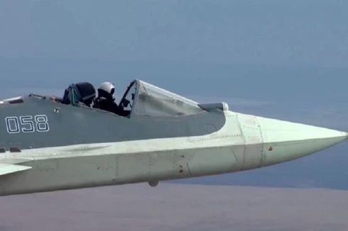 Viral, Pilot Jet Tempur Rusia Ini Terbang dalam Keadaan Kokpit Terbuka