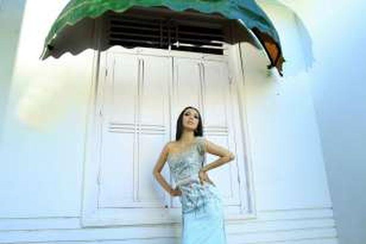 Juliana Ulaan, seorang bidan yang mewakili provinsi Gorontalo dalam ajang Pemilihan Putri Indonesia 2016