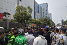 Ojol Okupasi Badan Jalan dan Trotoar di Jakarta Utara, Dishub Panggil Aplikatornya