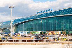 Pria Telanjang Ditahan saat Berusaha Naik Pesawat di Bandara Rusia