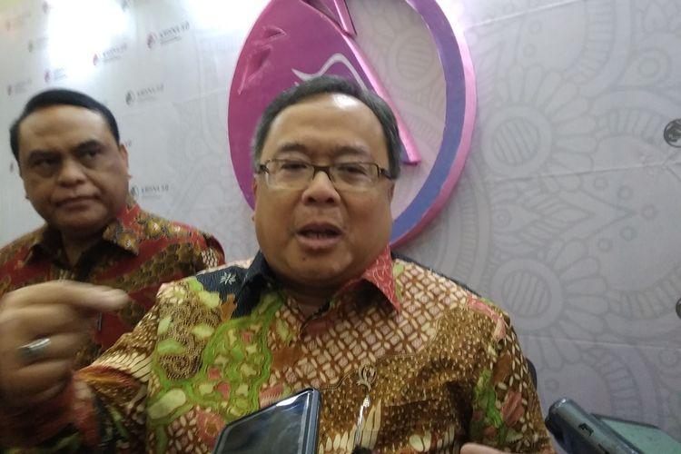 Menteri Perencanaan dan Pembangunan Nasional/Kepala Bappenas, Bambang Brodjonegoro berkilah saat pemindahan ibu kota baru dianggap ilegal, di Jakarta, Kamis (29/8/2019).