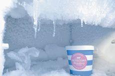 Tips Mengatasi Freezer yang Penuh Bunga Es secara Cepat