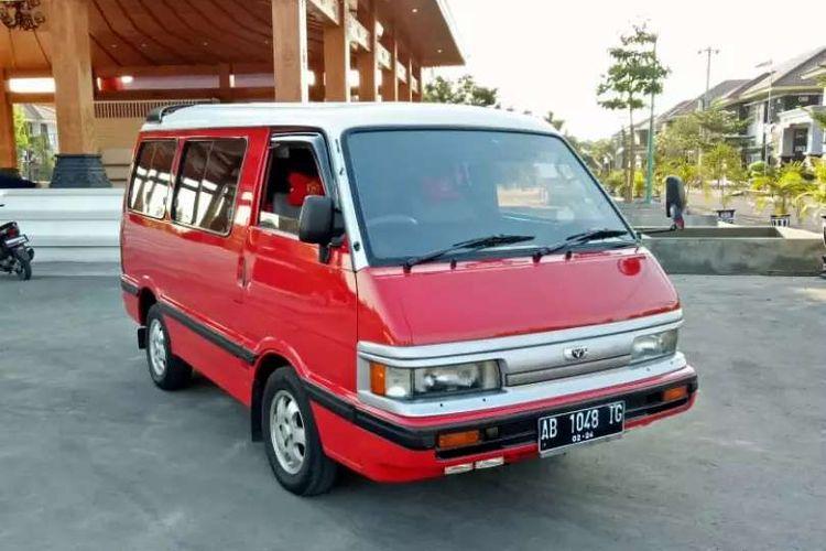 Ilustrasi Mazda E2000