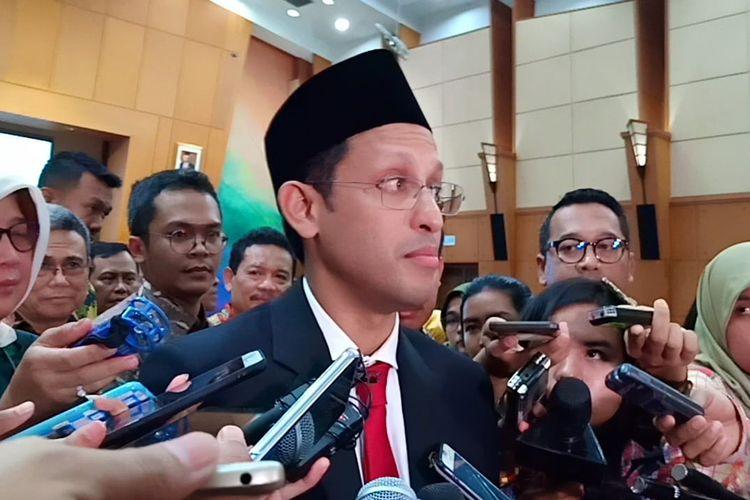 Menteri Pendidikan dan kebudayaan Nadiem Makarim dalam sambutan di acara Serah Terima Jabatan di Gedung Kemendikbud, Jakarta (23/10/2019).