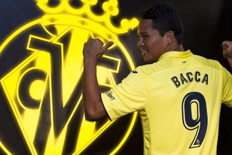 Carlos Bacca resmi dipinjamkan ke Villarreal dari AC Milan dengan opsi beli di akhir musim.