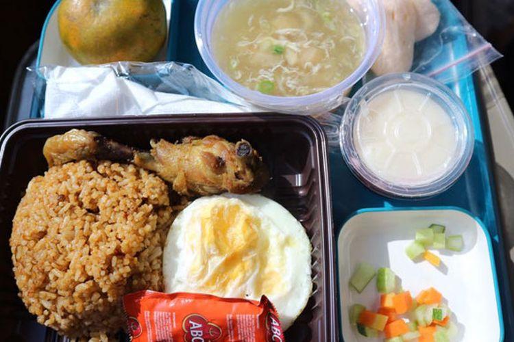 Nasi Goreng Parahyangan yang disajikan di KA Wisata Priority.