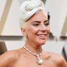 Lady Gaga Pakai Berlian Tiffany Ratusan Miliar ke Taco Bell