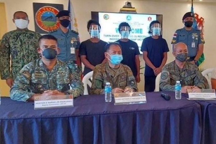 Kementerian Luar Negeri (Kemenlu) memastikan seluruh warga negara Indonesia (WNI) yang menjadi tawanan kelompok Abu Sayyaf sudah dibebaskan oleh aparat keamanan Filipina.