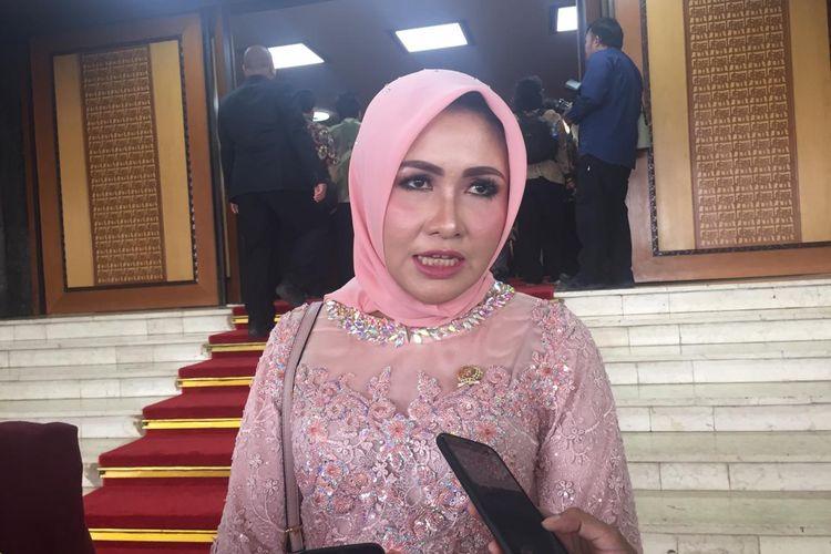 Anggota DPD RI periode 2019-2024 Evi Apita Maya di Komoleks Parlemen Senayan, Jakarta, Selasa (1/10/2019).