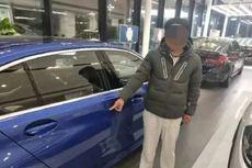 Pria di China Ini Gores Cat Mobil BMW Supaya Sang Ayah Membelikan