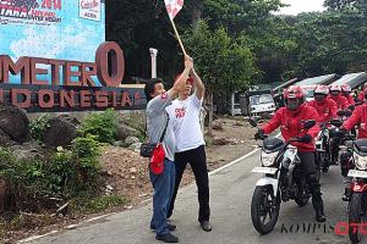 Peserta touring memulai penjelajahan dari titik nol Aceh