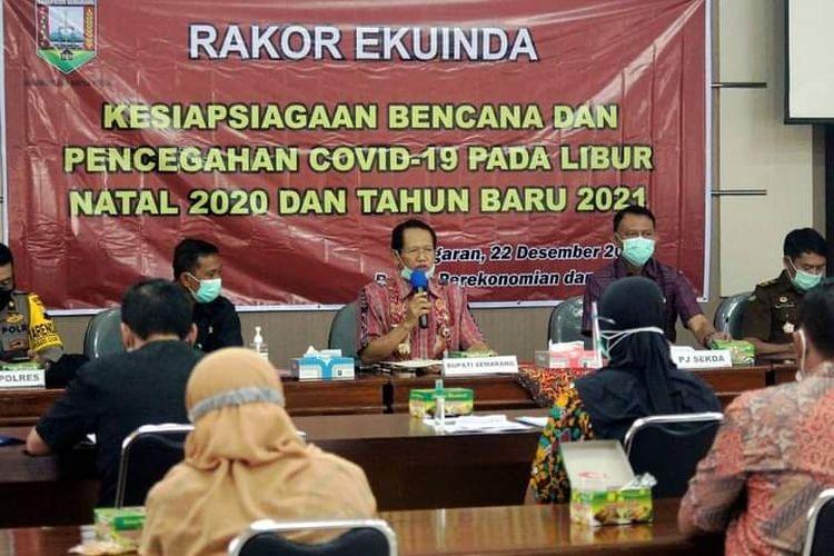 Bupati Semarang Mundjirin memberi pengarahan dalam Rakor Ekuinda persiapan Nataru
