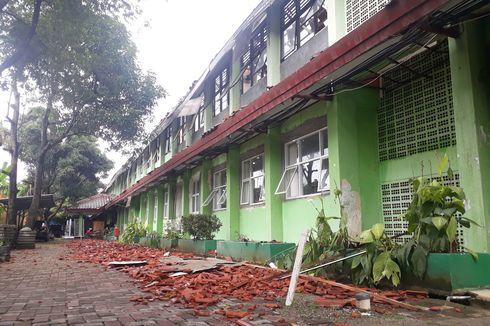 Anggota Komisi E DPRD Dorong Kasus Robohnya Atap SMKN 24 Jaktim Dibawa ke Jalur Hukum