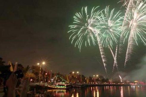 Musik dan Kembang Api Meriahkan Tahun Baru di Ancol