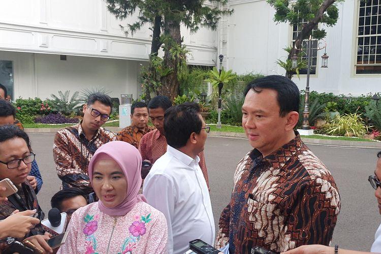 Komisaris Utama Pertamina Basuki Tjahaja Purnama alias Ahok bersama DIrut Pertamina Nicke Widyawati  usai bertemu Presiden Joko Widodo di Istana Kepresidenan, Jakarta, Senin (9/10/2019).