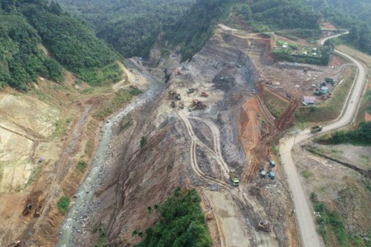 Salah satu proyek strategis nasional yakni Bendungan Lau Simeme yang berlokasi di Kecamatan Biru-biru, Kabupaten Deli Serdang, Provinsi Sumatera Utara. Pembangunannya ditargetkan rampung tahun 2022.