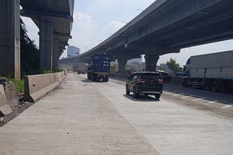 Simpang susun Cikunir di Jalan Tol Jakarta-Cikampek dibuka kembali, Jumat (6/3/2020).