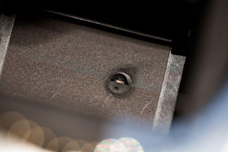 Shutter Canon 7D Mark ii meleleh karena terkena pancaran radiasi gerhana Matahari