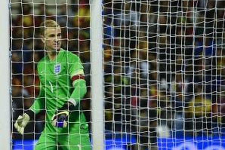 Joe Hart jadi kapten saat Inggris kalah dari Spanyol, Jumat (13/11/2015).