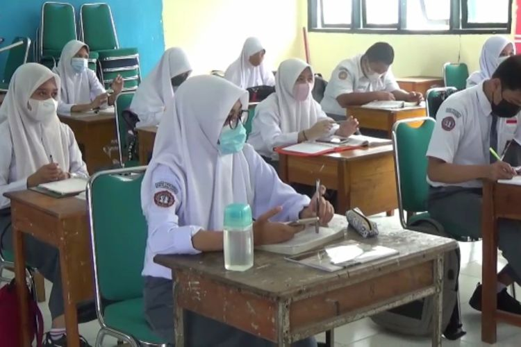 Empat Sekolah di Jakarta Ini Menunda Pelaksanaan Uji Coba PTM
