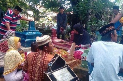 Seorang Korban Miras Oplosan di Prabumulih Dimakamkan