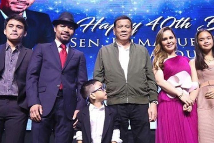 Keluarga Manny Pacquiao bersama Presiden Filipina, Duterte.
