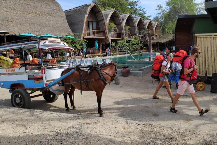 Wisatawan asing di Gili Air, Lombok Utara, Nusa Tenggara Barat, Jumat (23/11/2018).