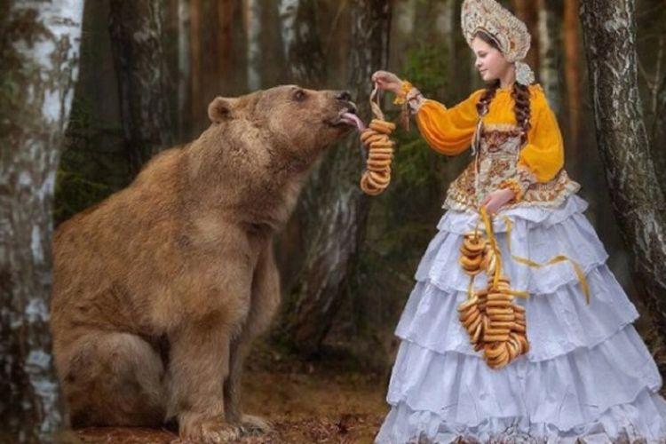 Stepan si Beruang Cokelat asal Rusia.