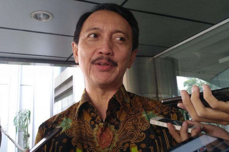 Direktur Utama PT Dirgantara Indonesia, Elfien Goentoro di Kantor Kementerian Koordinator Bidang Kemaritiman, Jakarta, Rabu (6/6/2018).