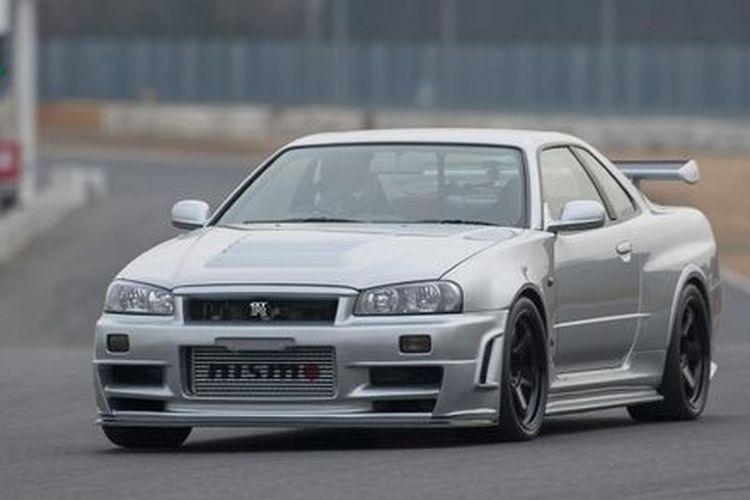Nissan Skyline R-34 GT-R Z Tune