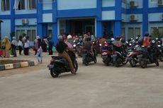 PPDB Online Bermasalah, Ratusan Orangtua Datangi Sekolah di Kutai Kartanegara