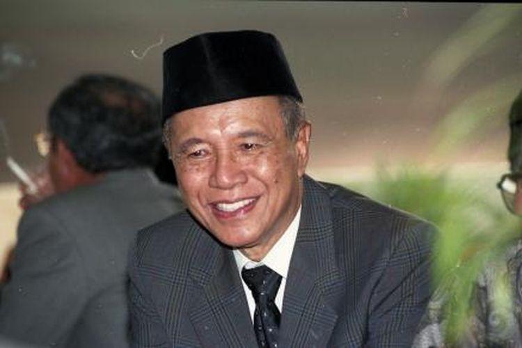 Gubernur DKI Jakarta 1987-1992, Wiyogo Atmodarminto.