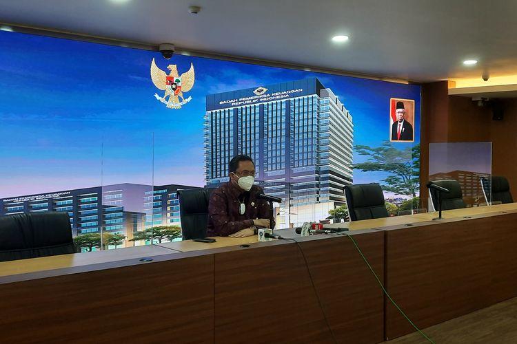Ketua Umum PBSI Agung Firmansah Sampurna saat memberikan keterangan pers di Gedung BPK RI, Kamis (18/3/2021), soal mundurnya Indonesia dari All England 201