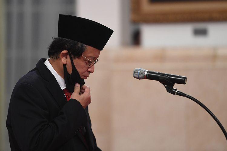 Kepala Pusat Pelaporan dan Analisis Transaksi Keuangan (PPATK) Dian Ediana Rae mengikuti upacara pelantikan di Istana Negara, Jakarta, Rabu (6/5/2020). Presiden secara resmi melantik Dian Ediana Rae sebagai Kepala PPATK menggantikan Kiagus Ahmad Badaruddin yang meninggal dunia.