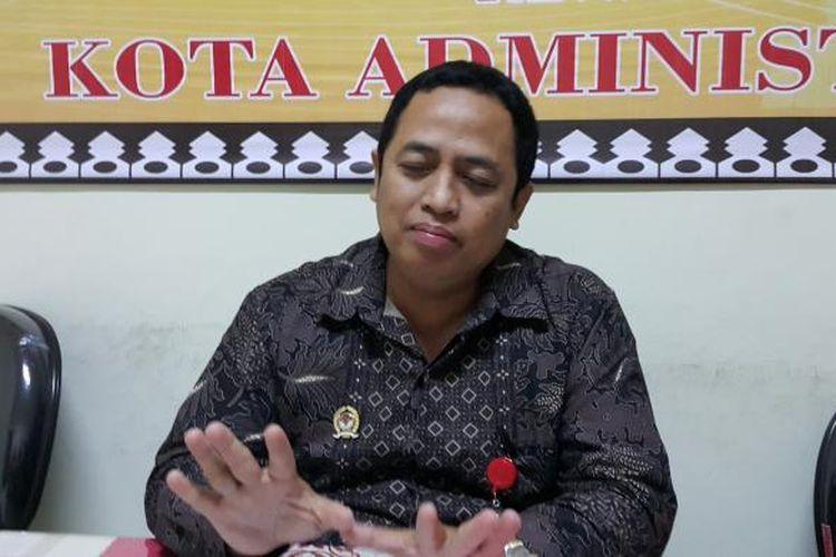 Ketua Panwaslu Jakarta Barat Puadi di Kantor Panwaslu Jakarta Barat, Kebon Jeruk, Rabu (18/1/2017).