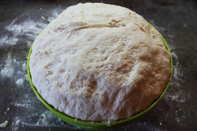 Ilustrasi adonan roti yang mengembang setelah didiamkan sekitar 1 jam.