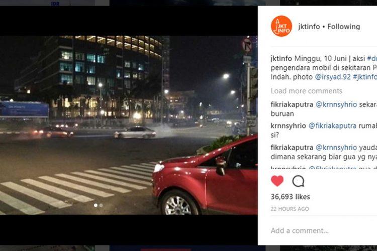 Viral aksi drifting di perempatan Pondok Indah, Jakarta Selatan, Minggu (10/6/2018)