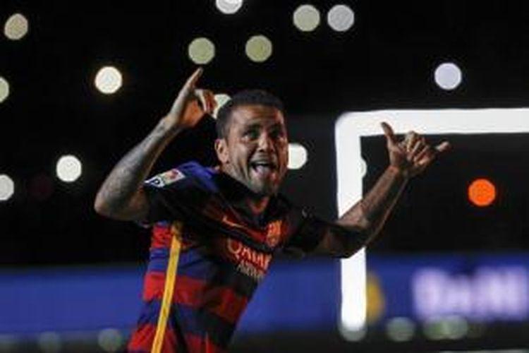 Bek kanan Barcelona, Daniel Alves