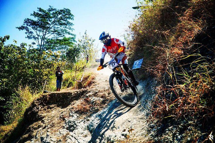 Yoris Sahara, salah satu atlet sepeda binaan Batik Air Racing Team.