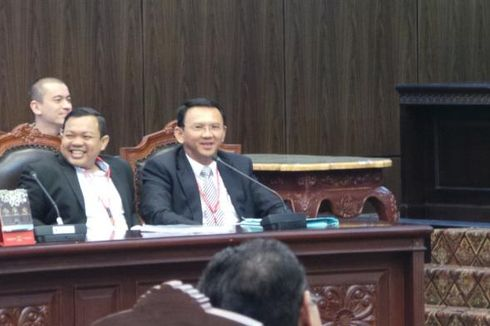 Tenangnya Utusan Jokowi dan Menggebu-gebunya Ahok dalam Sidang MK