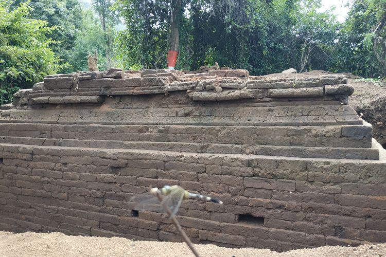 Salah satu struktur candi hasil ekskavasi di kawasan situs Klotok, Kota Kediri, Jawa Timur.
