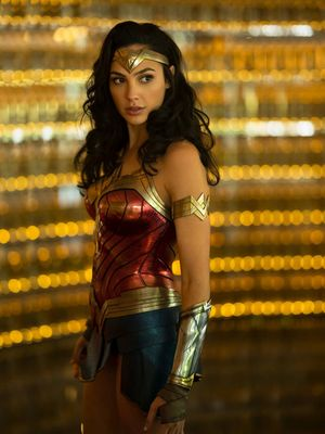 Aktris Gal Gadot dalam film Wonder Woman 1984.