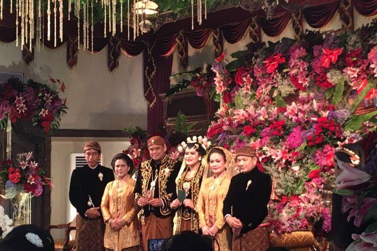 Akad nikah Kahiyang Ayu dengan Muhammas Bobby Afif Nasution di gedung Graha Saba Buana, Solo, Rabu (8/11/2017).