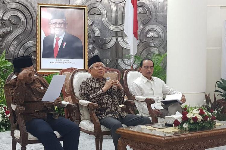 Wakil Presiden Maruf Amin saat memberikan keterangan pers di Kantor Wakil Presiden, Jakarta, Jumat (13/3/2020).