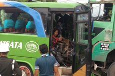 Tabrakan Bus Rombongan Pesta Nikah Vs Truk Fuso, Sopir dan Kernet Terjepit