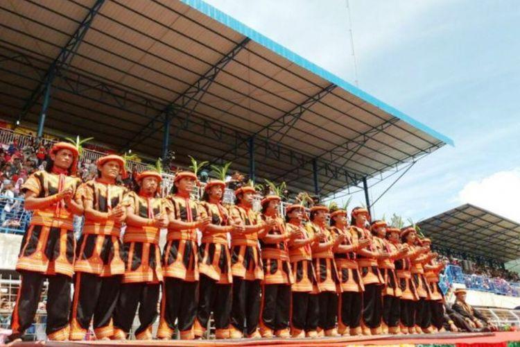 Para penari Saman